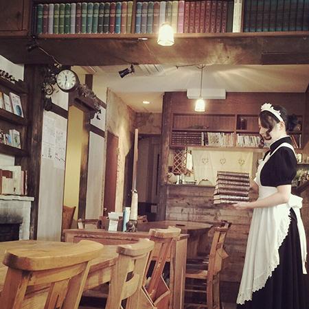 有井エリスが経営するメイドカフェの場所はどこ?出産や結婚暦の謎